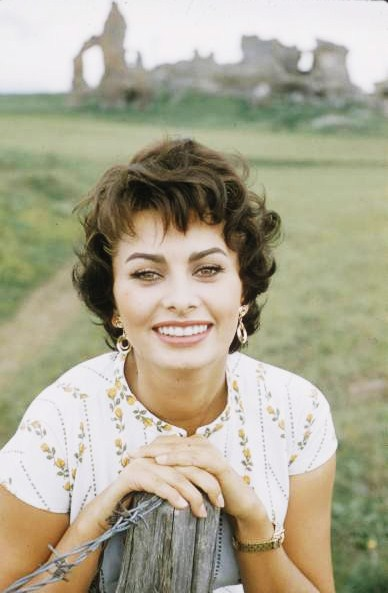 actress beauty tip 25 sophia loren skin comet over