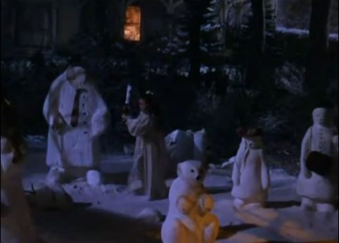O'Brien attacking snowmen early Christmas morning (screencapped by me)