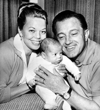 1940s teeny bopper actress Jean Porter with director Edward Dmytryk and their daughter