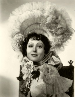 "Luise Rainer as Anna Held in ""The Great Ziegfeld"""