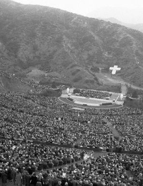Ariel view of the 1929 Easter service