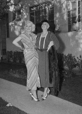 Harlow and Jean Bello in 1935