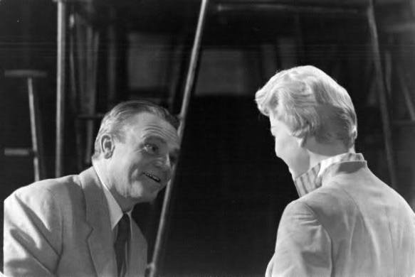 "Cagney and Day rehearse for ""Love Me or Leave Me"""