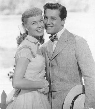 "Doris Day and Gordon MacRae in ""On Moonlight Bay"""