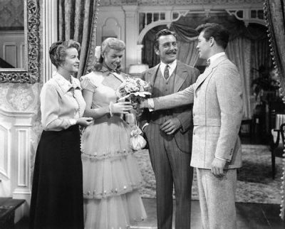 "Rosemary DeCamp, Doris Day, Leon Ames, Gordon MacRae in ""On Moonlight Bay"""