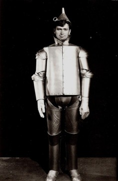 """Buddy Ebsen was originally cast as the Tin Man but was allergic to the makeup. His big break came in the from of the 1960s TV show, """"The Beverly Hillbillies."""""""