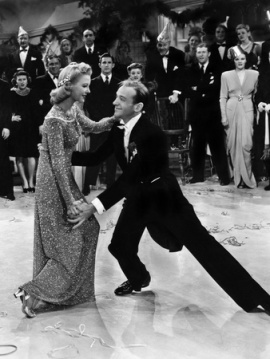 Fred Astaire dances with Marjorie Reynolds during the New Years scene where he took drinks of bourbon before each take.