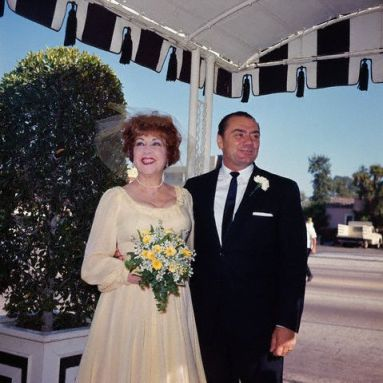 Ethel Merman and Ernest Borgnine on their wedding day in 1964.
