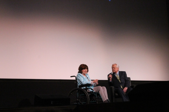 "Robert Osborne interview Maureen O'Hara before ""How Green is My Valley."" (Comet Over Hollywood/Jessica Pickens)"