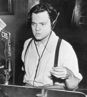 Orson Welles in 1938 on CBS radio
