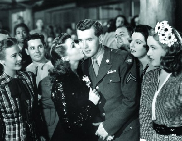 Joan Leslie and Robert Hutton in the film