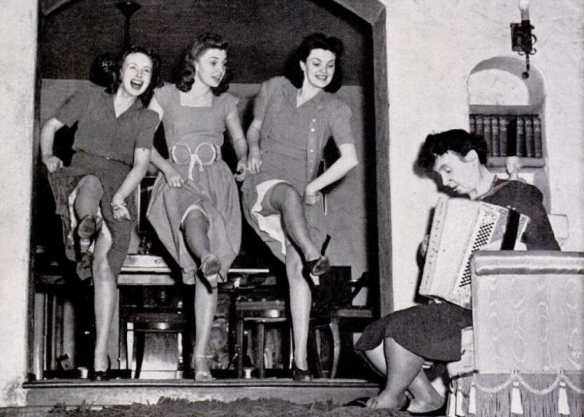 Pictured with her sisters and mother in for a LIFE magazine photo spread.