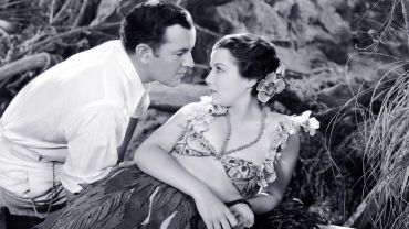 "Sidney Blackmer and Sidney Fox in ""Down to Their Last Yacht"""